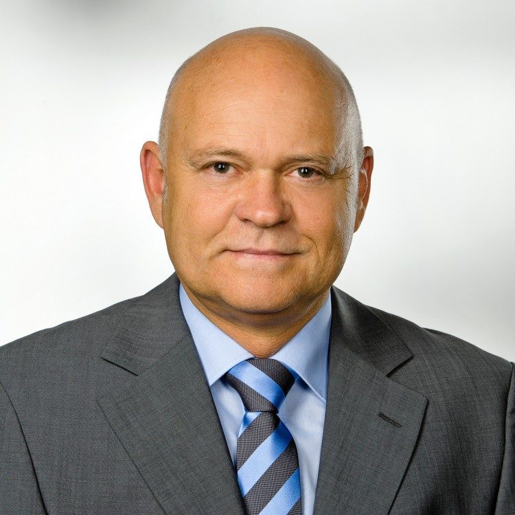 Thomas Köbel - CEO